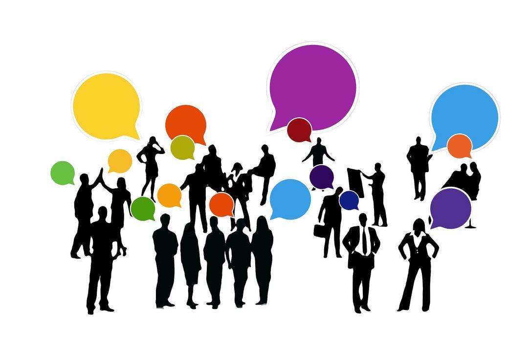 Mídias sociais e redes sociais: voz e interação nos ambientes digitais