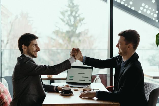 Não é sobre gerenciar clientes mas engajá-los!