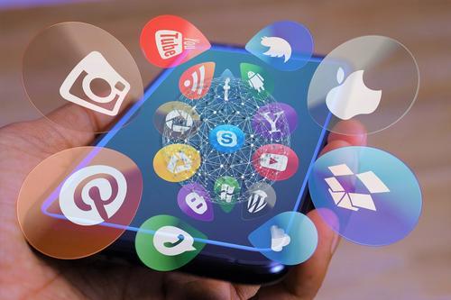 Como sua empresa está lidando com a evolução do cenário digital?